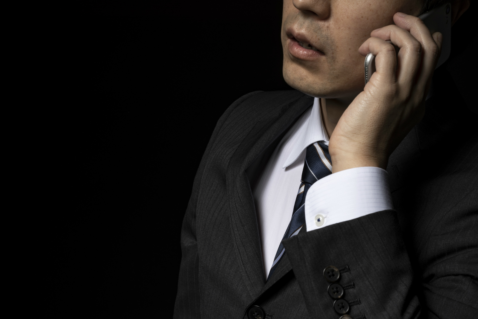 なぜ不動産会社から携帯に「売ってください」とかかってくるのか