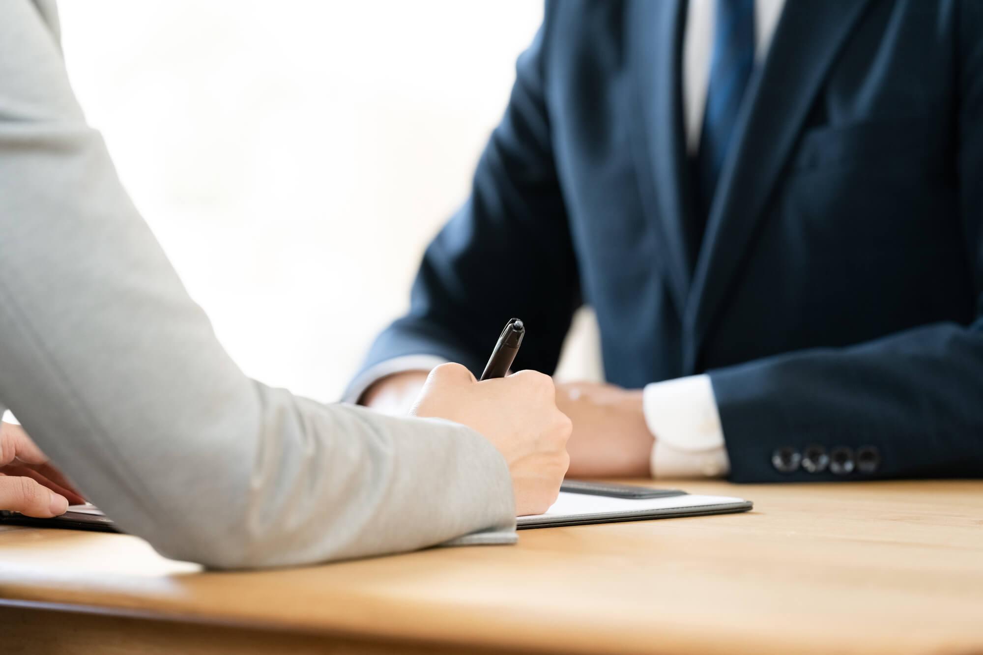 不動産投資では「サブリース」に注意! メリットとデメリット、トラブルのリスクを解説